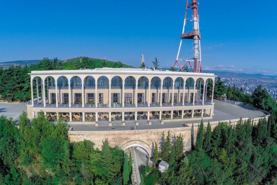 Лучшие рестораны Тбилиси - фуникулер