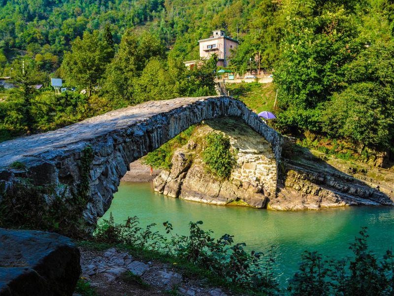 Что посмотреть в Батуми - мост царицы Тамары