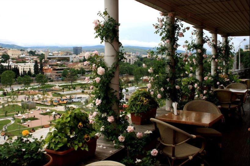Flowers Cafe Тбилиси