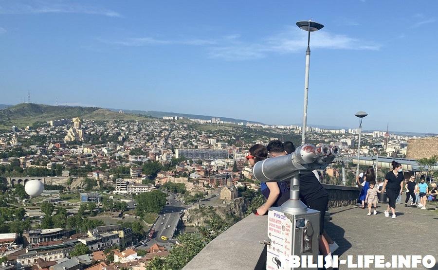 Вид на Тбилиси с Нарикалы