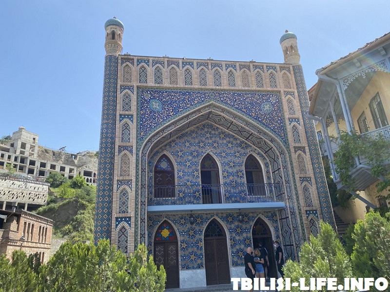 Голубая баня Тбилиси