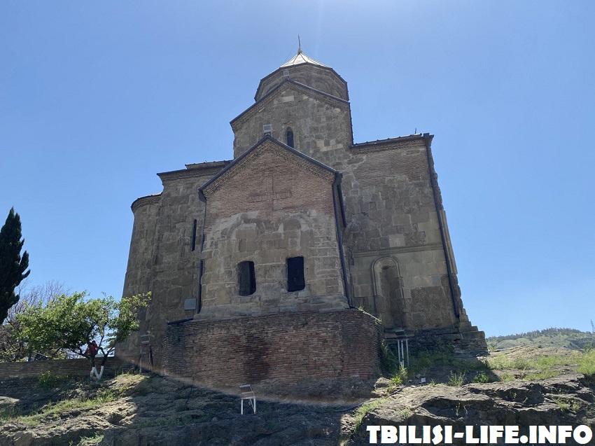 Храм Метехи в Тбилиси