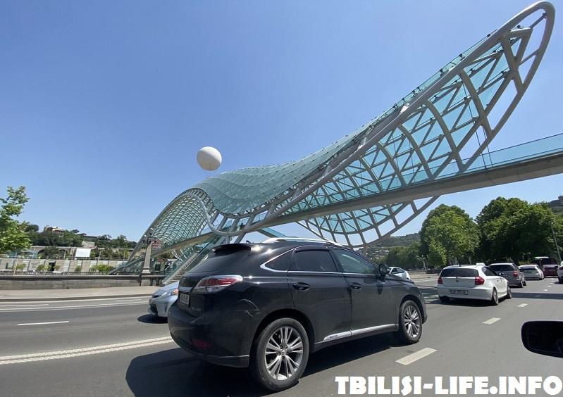Мост через реку в Тбилиси