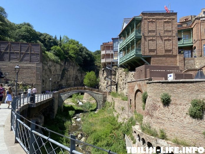 Тбилиси в сентябре